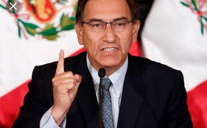 Martín Vizcarra anunció intervención de la Derrama Magisterial